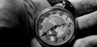 Rüyada Saate Bakmak Ne Anlama Gelir?