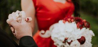 Evlilik Yıldönümü Sözleri - Evlilik Yıldönümü Kutlama Mesajları