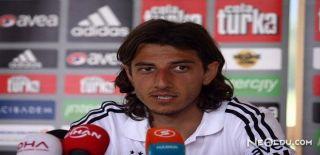 Mehmet Akyüz Kimdir