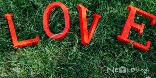 """Seni Seviyorum Sözleri - İçerisinde """"Seni Seviyorum"""" Geçen En Güzel Sözler, Mesajlar"""