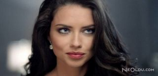 Adriana Lima Makyaj Stili