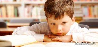 Çocuklardaki Duruş Bozukluğuna Dikkat