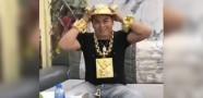 Asyalı Milyarder Altın Şapkasıyla Gündeme Oturdu!